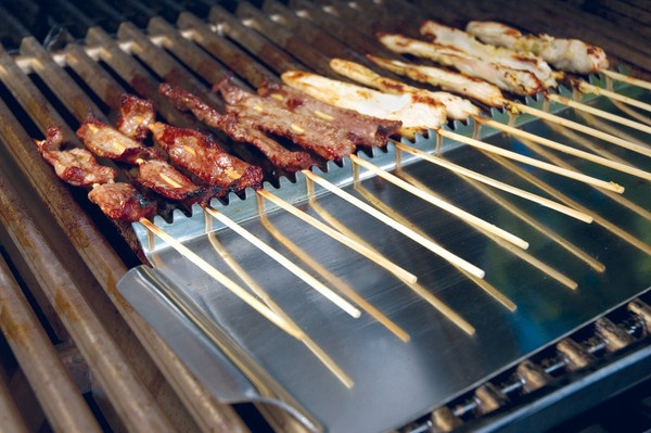 The ingenious Skewer Shield prevents the bare ends of wooden skewers from getting burned. | $9.99 from The Outdoor Chef Store