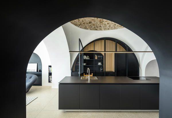 Idee e ispirazioni da case di design con splendide cucine open space moderne e classiche, piccole e gradi