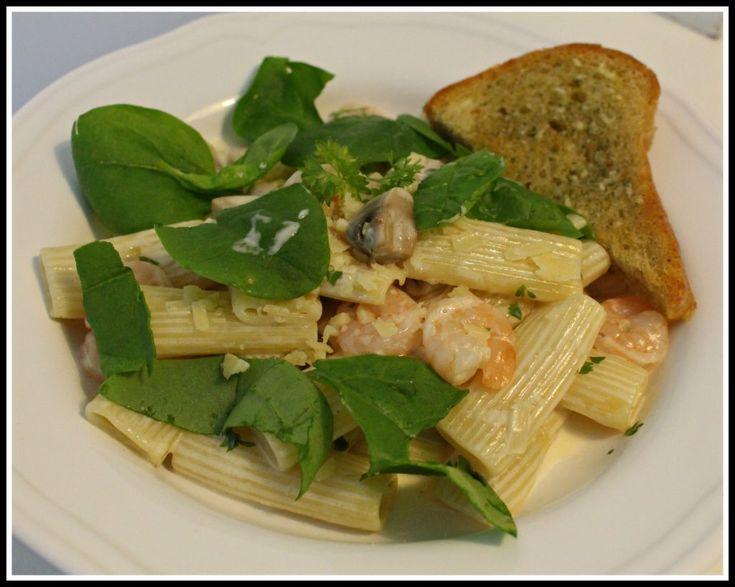Krämig pasta med räkor och champinjoner – Linda´s Goda