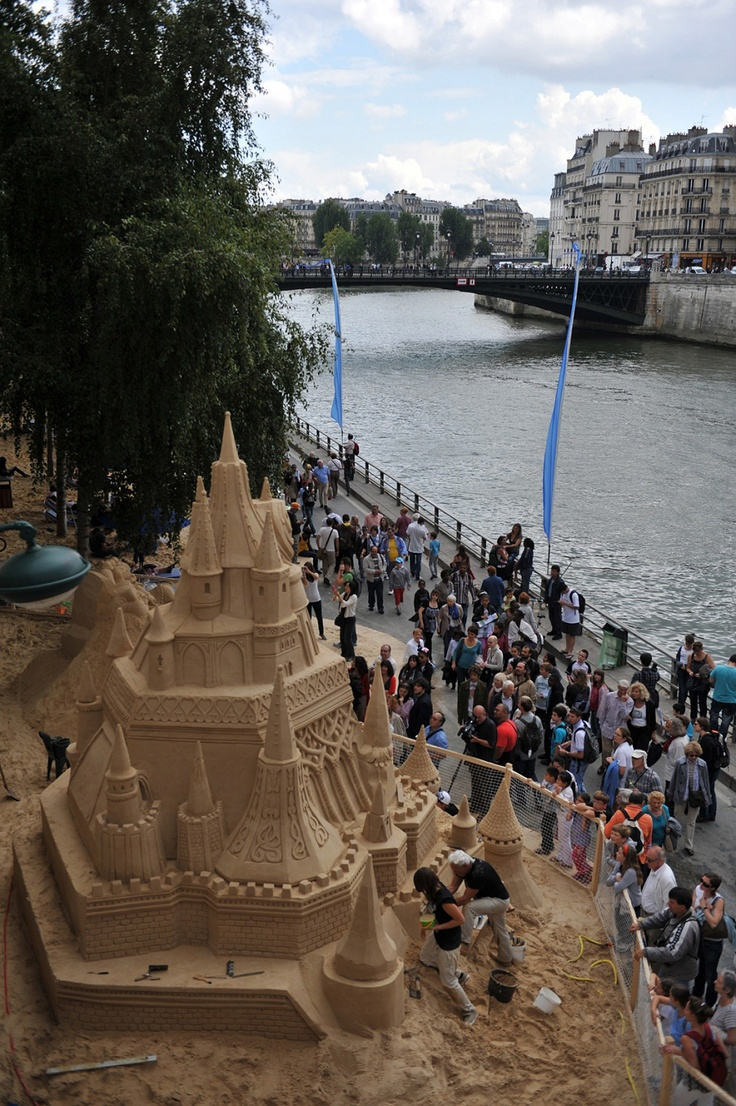 Paris Plages is a yearly summer event held in the heart of Paris where the Seine riverbanks are transformed into a giant beach.: Sands Castles, Paris Plage, Disney Sleeping Beauty, Beaches Sands, Sleep Beautiful Castles, Disneyland Paris, Beauty Castles, Sands Sculpture, Disney Sleep Beautiful