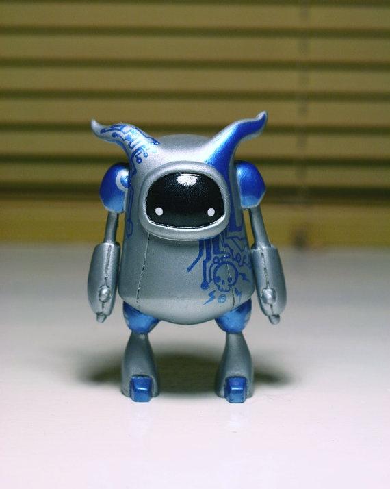 Zillabot - Blue & Silver Resin Robot - Art Toy