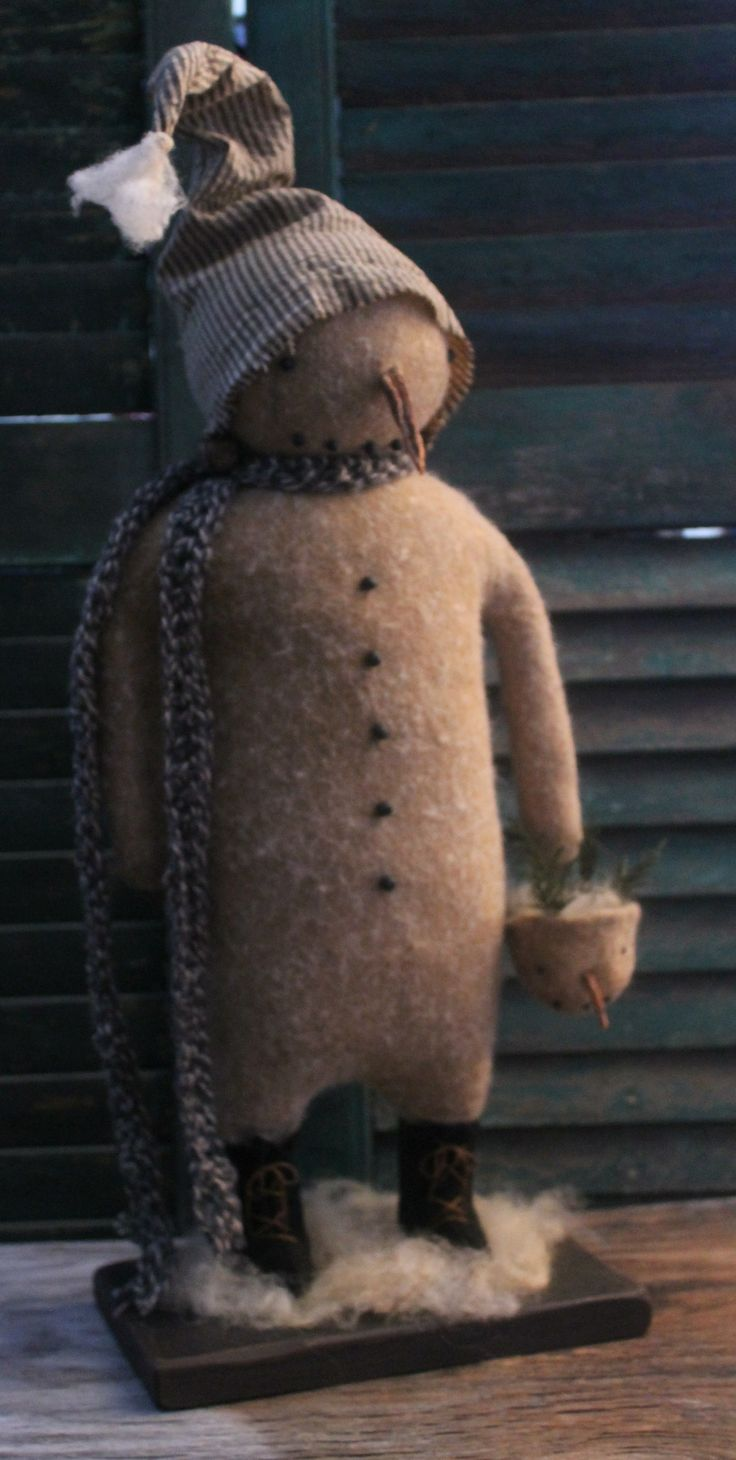 Standing Wool Snowman ~ By Lynn Higbie of The Button Box http://buttonboxprimitives.blogspot.com