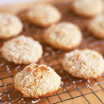Potato Chip Cookies: These odd-sounding cookies are quite tasty; a rich, buttery flavor is enhanced with a salty crunch. Chopped pecans add a nutty, traditional cookie feel. One egg yolk is used, so brush up on your egg separation technique. Top the finished cookies with a dusting of powdered sugar. Finished cookies can be frozen for up to one month.: Recipe, Sweet Potato Chips, 1 Cookies, Food, Potatoes, Potato Chip Cookies, Brownies, Chip Cookies Salty Sweet, Dessert