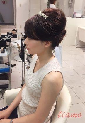 アップからふわっとナチュラルハーフダウンへ♡軽井沢挙式リハ篇 | 大人可愛いブライダルヘアメイク 『tiamo』 の結婚カタログ