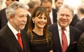 En Arxikos Politis: Κυβερνητικό …μιούζικαλ περί ανάπτυξης της οικονομί...