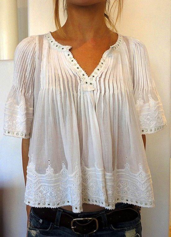 The peach skin - Isabel MARANT cute white pleated A-line top w/ lace edgings (hva)