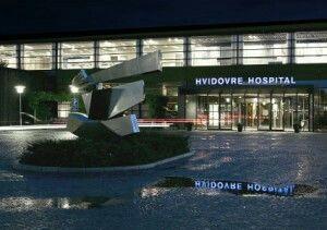 Hvidovre hospital by night