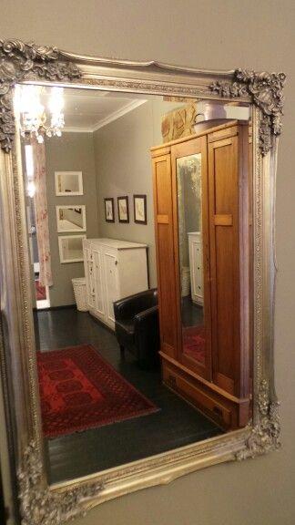 The dressing room at Zau Spa. Bold and Beautiful.