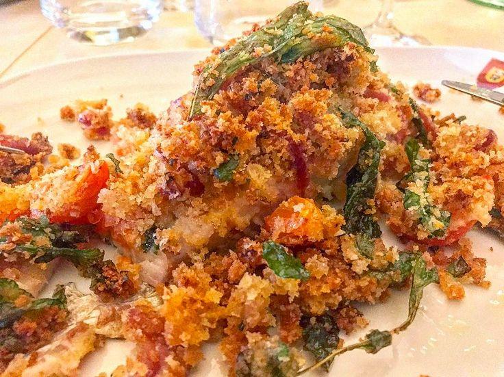 Illegalità culinarie: •Cernia sfilettata rivestita da panure di pomodorino fresco,prezzemolo e aromi•���� #foodporn#food#some#day#ago#last#Sunday#domeniche#al#top#cernia#fresh#fish#panure#taste#cibo#gourmet#Calabria#santacaterina#restaurant#ristorante#excalibur#solo#cose#buone#qualità http://www.butimag.com/ristorante/post/1468058679298254414_49504448/?code=BRfl5c5AGZO