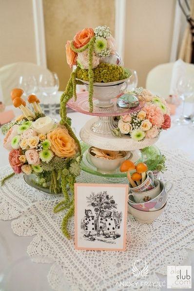 2. Alice in Wonderland Wedding,Vintage tea cup,Centerpieces,Stationery / Alicja w Krainie Czarów,Dekoracja stołu,Papeteria,Anioły Przyjęć