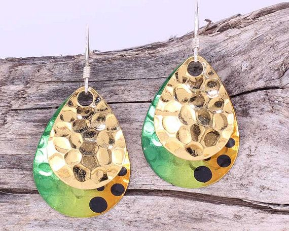 These earrings would make the perfect gift for someone who loves a pop of colour!