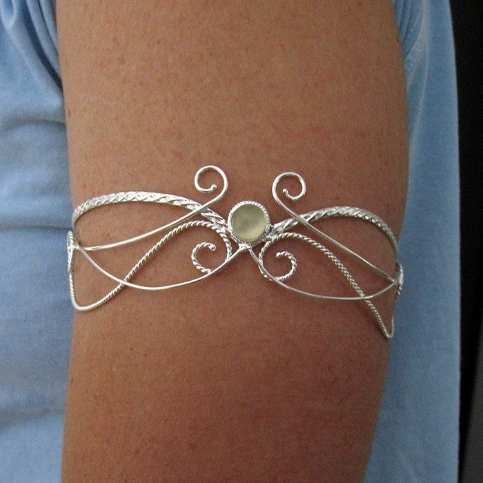 Upper Arm Torc Cuff Moonstone in Sterling Silver - Elvish Magical Renaissance - Wedding Accessory.  via Etsy. Camias