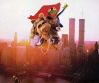 The Green Wonder- Kermit and Miss Piggy as Superman and Lois Lane.