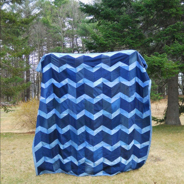 used jeans quilt patterns | Denim Chevron Quilt Complete! | things that make me happy