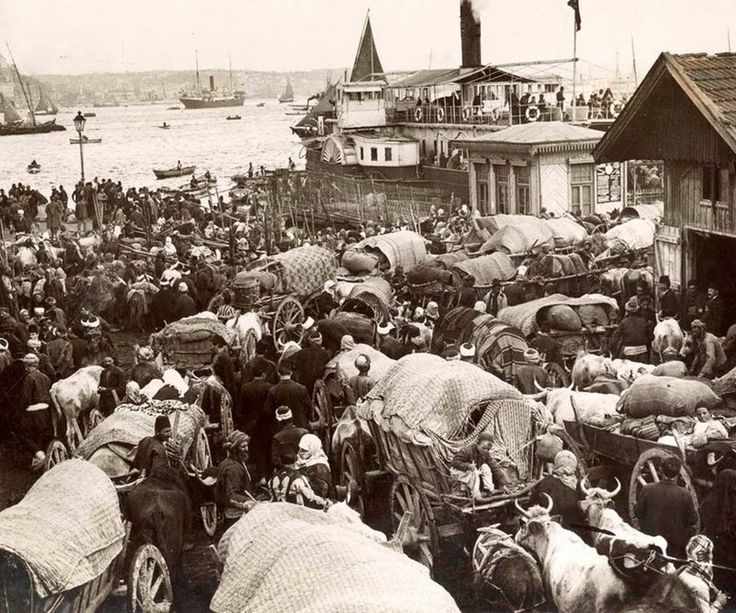 Ottoman Muslim refugees from the Balkans arriving in Istanbul. (1913/Balkan wars) [960 × 800] : HistoryPorn