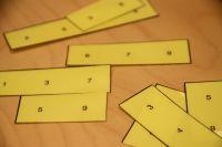 (1.-5.lk) Palapeli - Järjestä palat siten että, jokaiselle toisiaan vastaavalle vaaka- ja pystyriville muodostuu sama luku.