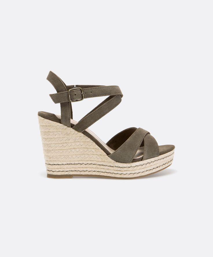 sandales compens es cro te de cuir oysho shoes. Black Bedroom Furniture Sets. Home Design Ideas