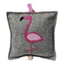 Handgemaakt muziekdoosje ;van vilt met grappige flamingo van het merk Roozje. Het muziekdoosje ;speelt altijd is kortjakje ziek.Let op: ;De muziekdoosjes van Roozje zijn handgemaakt in eigen atelier en hebben een levertijd van ;ongeveer 1-3 werkdagen.