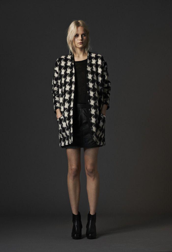 Lookbook Autumn 2014  Jacket Andre Adrian / Top Babeth Brenna / Skirt Vally Venice  http://promocionmoda.com/mbym/  #Jacket #Top #Skirt #lookbook #autumn2014 #promocionmoda