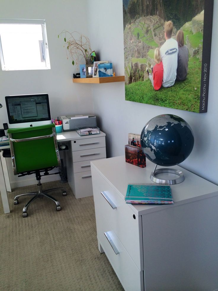 Gorgeous office space! #organization #office