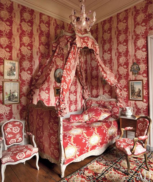 French chateau bedroom. Love!: Polish Bedroom, Interior, Red, Joy De, Canopy Beds, Fabrics, Bedrooms