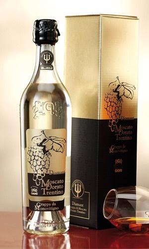 $51,00 Diamant - Grappa di Moscato dorato.  Selezione numerata, garantita dall'istituto tutela grappa del trentino - bottiglie singolarmente astucciate.  Gusto: morbido, fine con sentori di frutta.