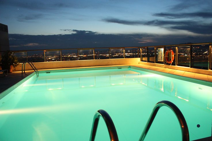 Swimming pool on the 12th floor