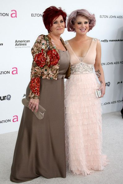 Kelly Osbourne Bob: Sharon Osbourne, Hair Colors, Pink Dresses, Hair And Beautiful, Kelly Osbourne, Osbourne Bobs, The Dresses, Lavender Hair, Bride Dresses