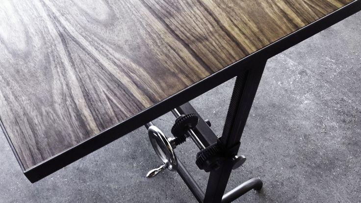 Adler Table   Ohio Design