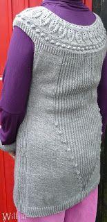 Ich bin ein Noppen-Fan, ein schöner Rücken kann auch entzücken ;-)))  Lavinia-Tunika, Anleitung aus der Fadenstille