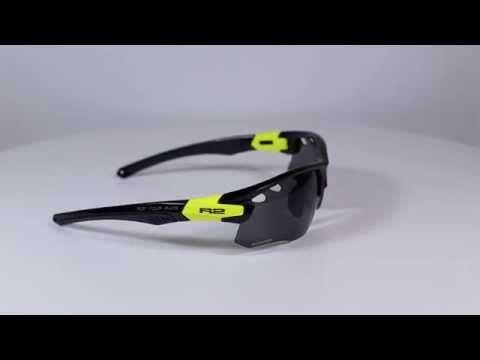 R2 AT078 D sport napszemüveg (cat. 2)  Grilamid keretes, cserélhető lencsés, optikai kerettel rendelkező sport napszemüveg. cat.2 – átlagos napsugárzás – 18% – 43% KATTINTS IDE!