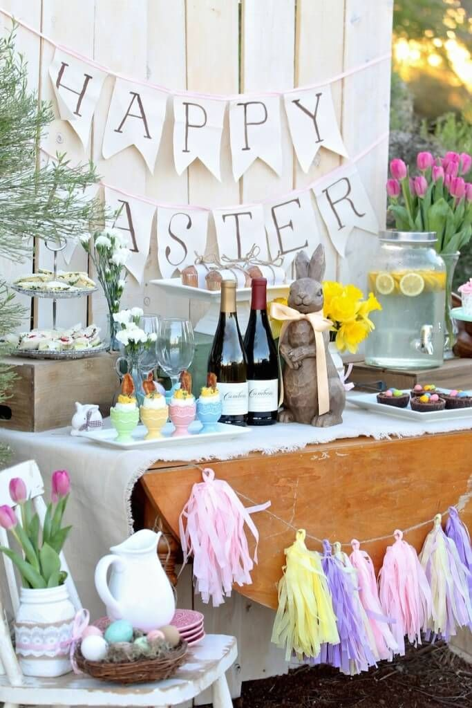 17 best images about easter favors decor on pinterest for Outdoor brunch decorating ideas