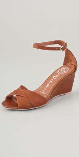 Trudeau Wedge / Jeffrey Campbell #shoes #sandal