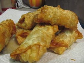 """This is such a fun way to serve that ever so boring """"eggs and sausage"""" breakfast. Wrap those ingredient up in an egg roll wrap and WALAA...y..."""