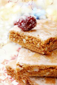 Basler Läckerli: gingerbread the Swiss way: This looks delish!