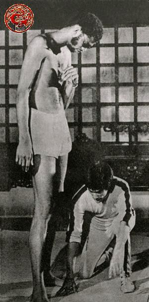Set of game of death.Rare Photo here.                                                                                                                                                                                 More