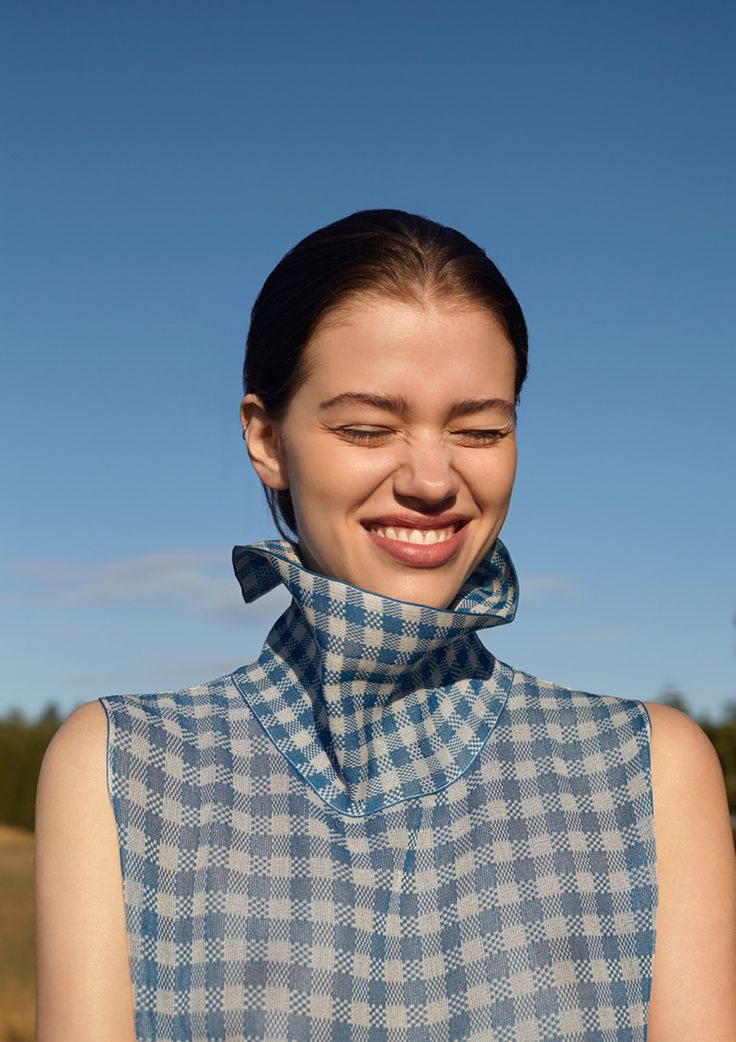some kind of blue: isabell andreeva by wai lin tse for lula #19 fall / winter 14.15