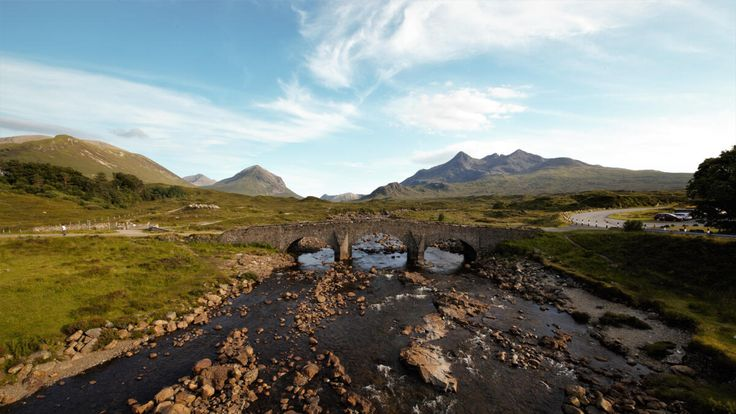 Voyage en Ecosse : direction Isle of Skye  #ECOSSE #SCOTLAND #PONT #ROUTE #PONT #bridge  http://www.bien-voyager.com/roadtrip-ecosse-isle-of-skye/