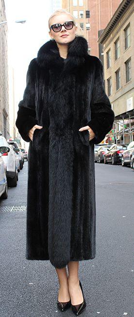2cf08372ee720 Ranch Mink Coat Black Fox Fur Tuxedo Trim Fronts  2112