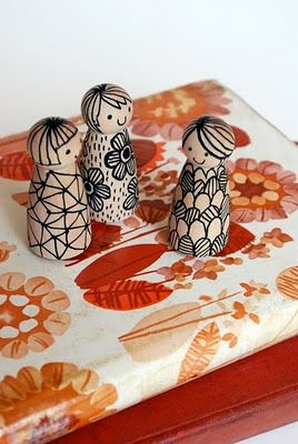 love it - wooden peg dolls and a sharpie! the red thread: Horizontal crafting