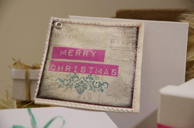 It's chrismas time! create your #presents with #fototransferpotch #phototransfer #diy
