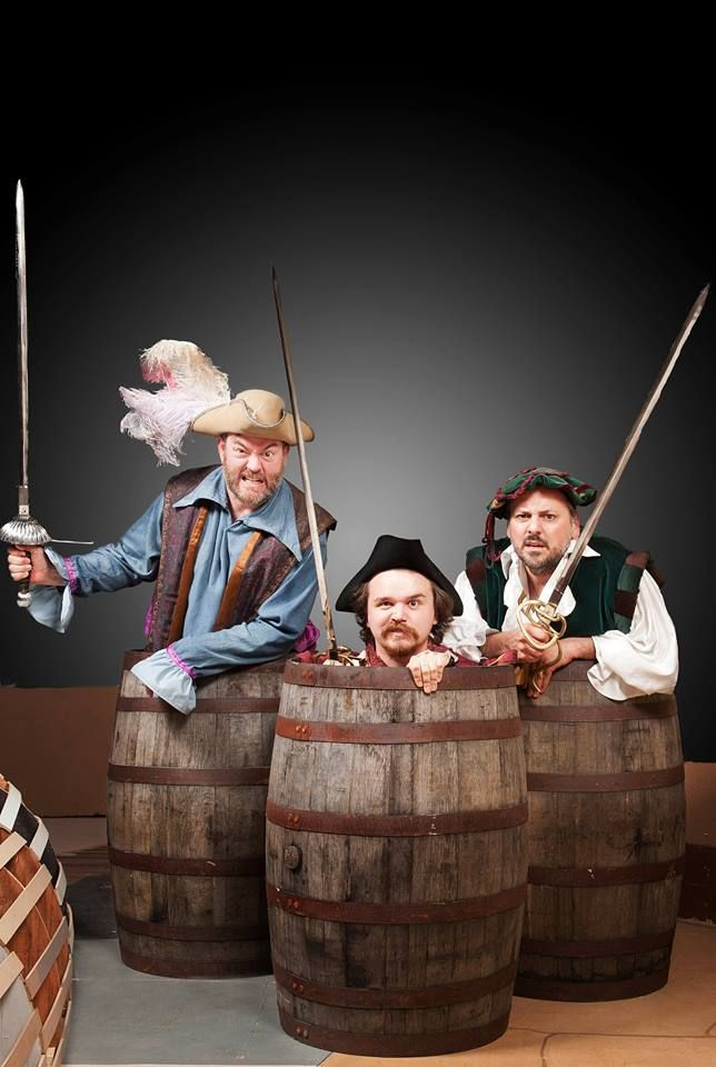 """One of the most entertaining pairings on a Victoria stage in recent memory"" My review of Rosencrantz and Guildenstern are Dead, at Langham Court Theatre June 11-28 2014"