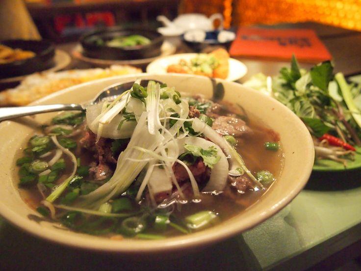 Saigon Street Food im DISTRICT MOT, Berlin!   http://cookiesformysoul.de/wenn-schon-nicht-asien-dann-berlin-best-vietnamese-street-food-in-town-im-district-mot/