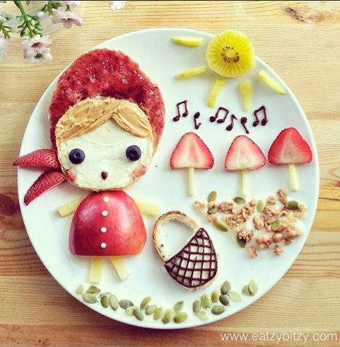 25 Fantastic Feats of Food Art: Mom Makes Meals That Tell a Story