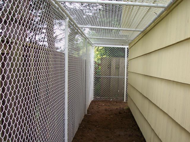 25 best ideas about dog runs on pinterest outdoor dog for Dog fence enclosure