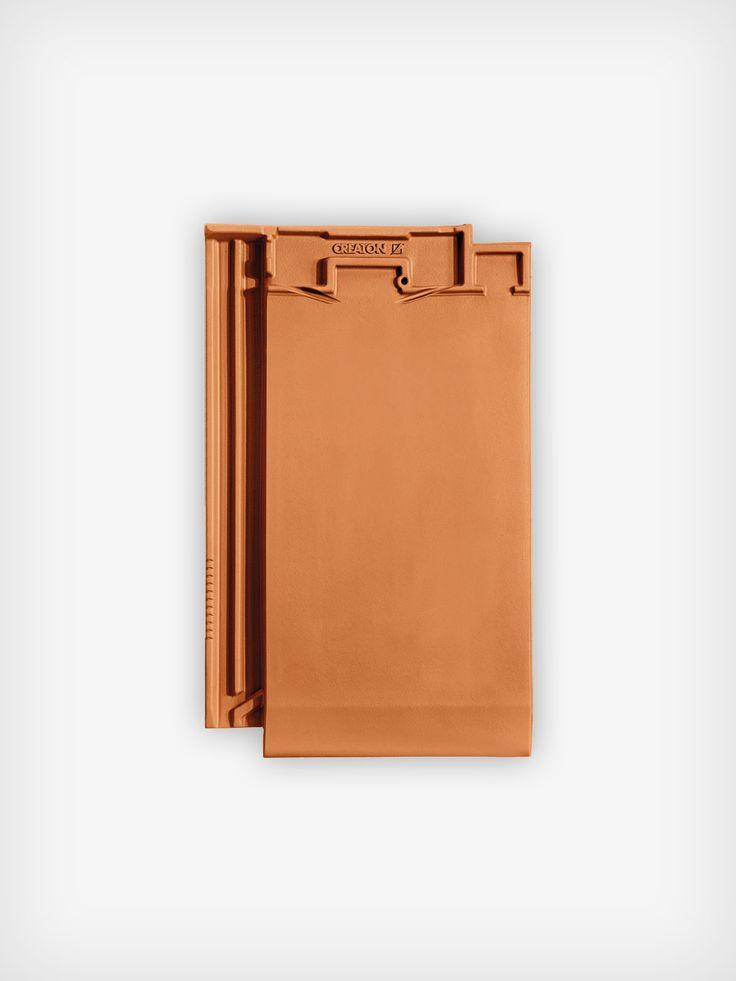 Nová škridla CREATON MIKADO osloví svojou jednoduchosťou a jedinečným vzhľadom. So spotrebou cca 12,8-11,7 ks/m2 je výhodná tiež z hľadiska úspory finančných prostriedkov.