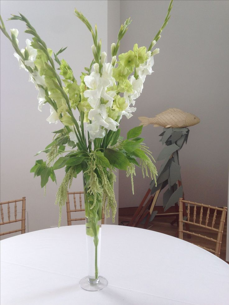 wedding centerpieces fake flowers%0A Tall Dramatic Wedding Centerpieces  Appleblossomflowers com