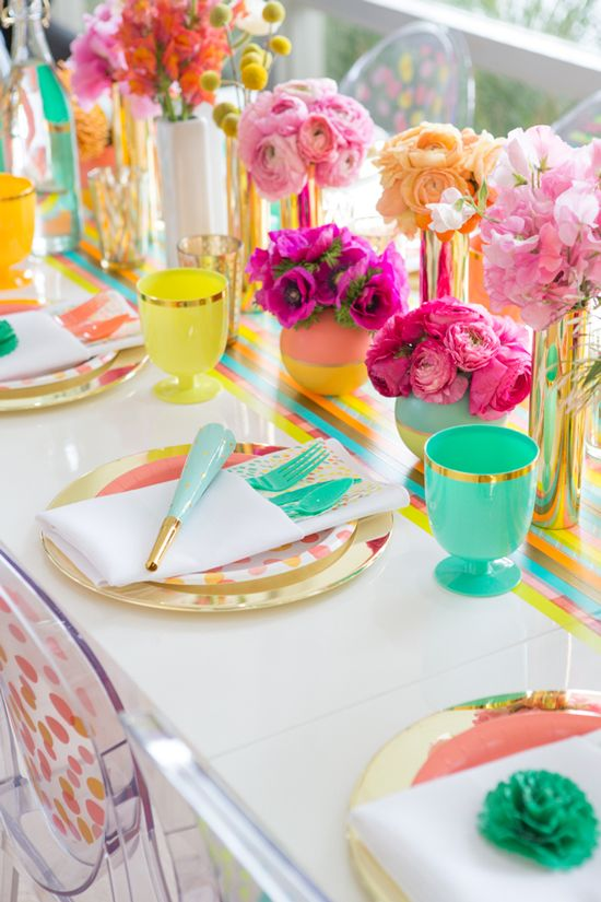 Fun tablescape idea! So many colors, would be great at a brunch garden party.
