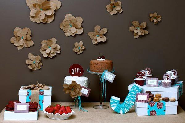 diy-tutorial burlap flowersBaby Shower Desserts, Wall Decor, Amy Atlas, Burlap Flowers, Colors Schemes, Burlap Flower Tutorials, Wall Flower, Parties Ideas, Desserts Tables