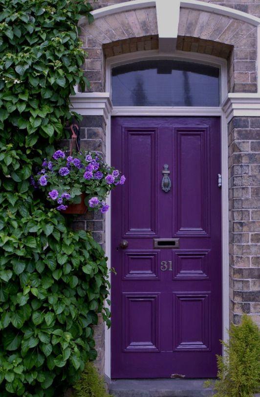 une porte colorée